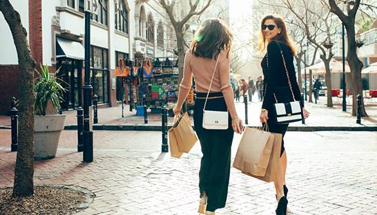 How BearingPoint helps luxury retailers prepare for the digital era