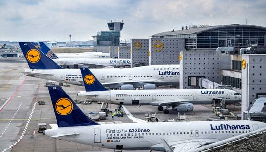 Lufthansa taps BCG to support its business rescue strategy